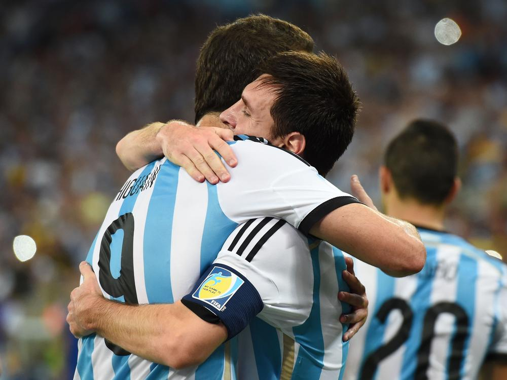 Argentina's Alejandro Sabella has work to do despite Lionel Messi's genius