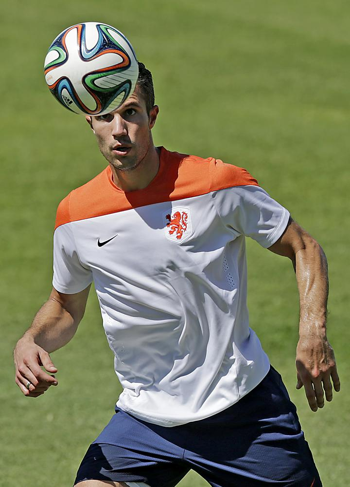 Can Robin van Persie fire the Netherlands past Mexico?