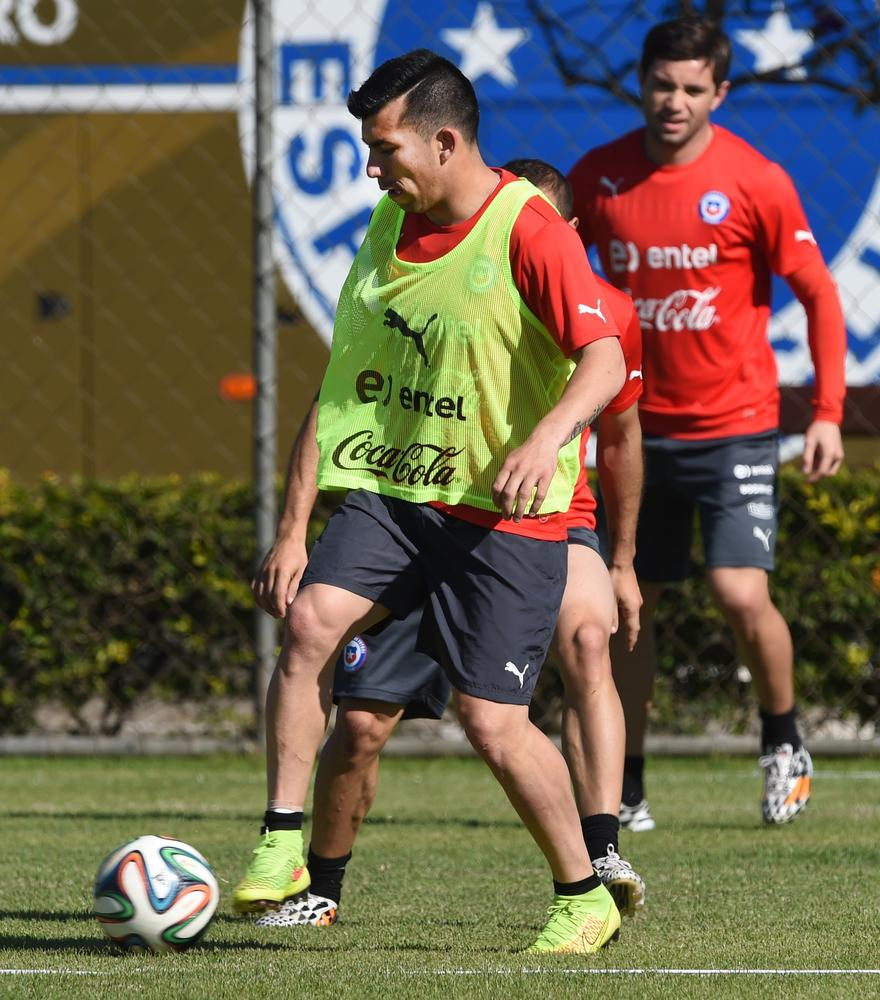 World Cup 2014: How will Cardiff City stars Gary Medel and Kim Bo-Kyung do in Brazil?