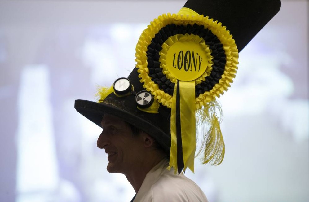Newark by-election: Conservatives win as Liberal Democrats defeat Nick the Flying Brick