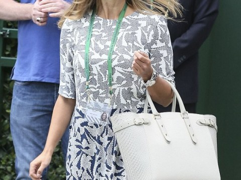 Kim Sears wears Hobbs NW3 to watch Andy Murray power through to the next round of Wimbledon