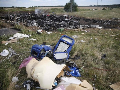 MH17 passenger was wearing oxygen mask when plane crashed
