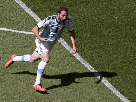 A collective effort and Gonzalo Higuain magic help Argentina make the semi-final