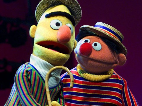 Bakery 'refuses' to make gay Bert and Ernie cake