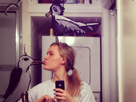 Are these the best selfies ever? Woman creates amazing mirror selfie art