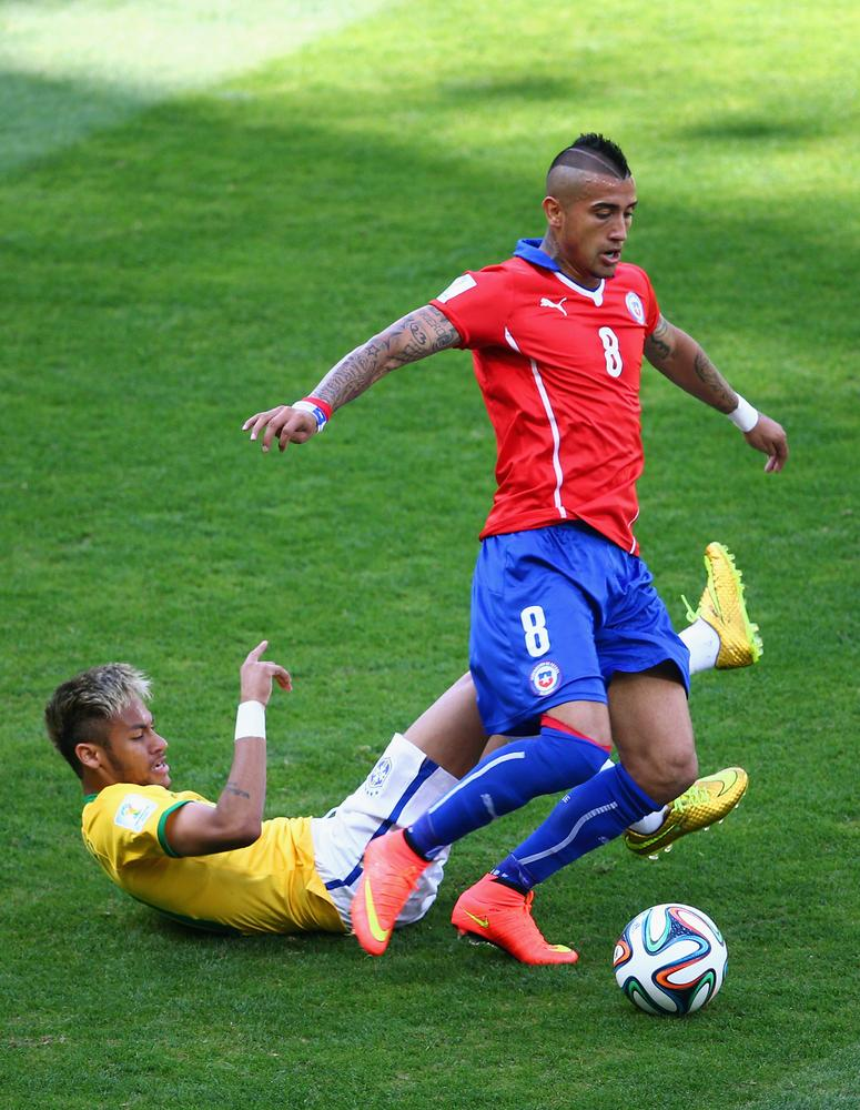 Why Manchester United must offer Juventus Nani and Patrice Evra to land Arturo Vidal