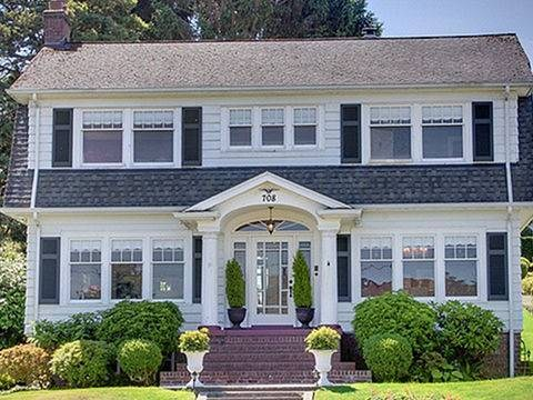 Anybody want to buy Laura Palmer's house from Twin Peaks? Because it's up for sale