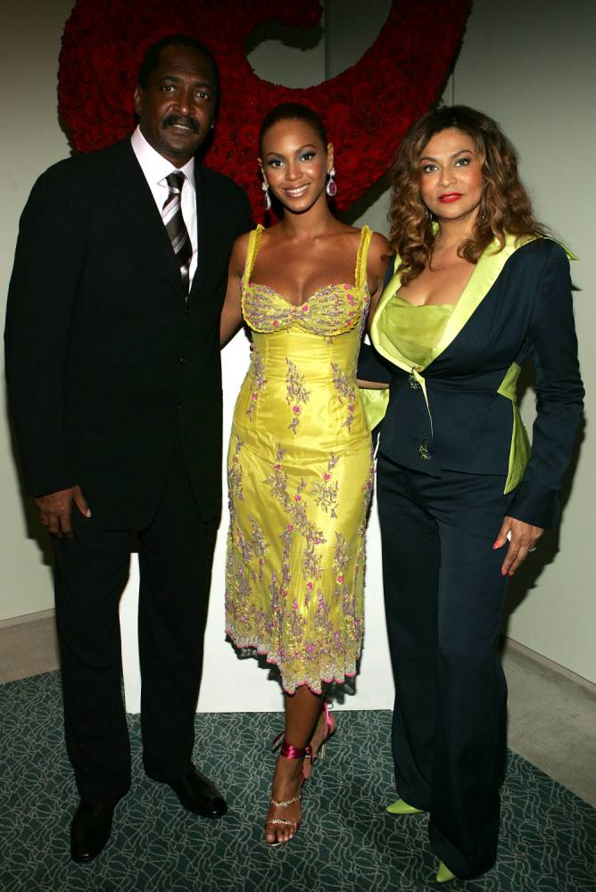 It seems Beyoncé may have a new half-sister as her father Matthew Knowles is hit with another paternity suit
