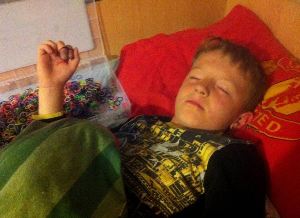 Boy, 8, 'almost loses fingers' after falling asleep with loom bands on them