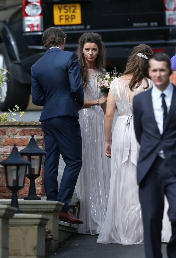 Eleanor Calder is bridesmaid at Louis Tomlinson's mum ...