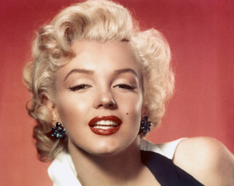 CIRCA 1953: Actress Marilyn Monroe poses for a portrait in circa 1953. (Photo by Michael Ochs Archives/Getty Images)