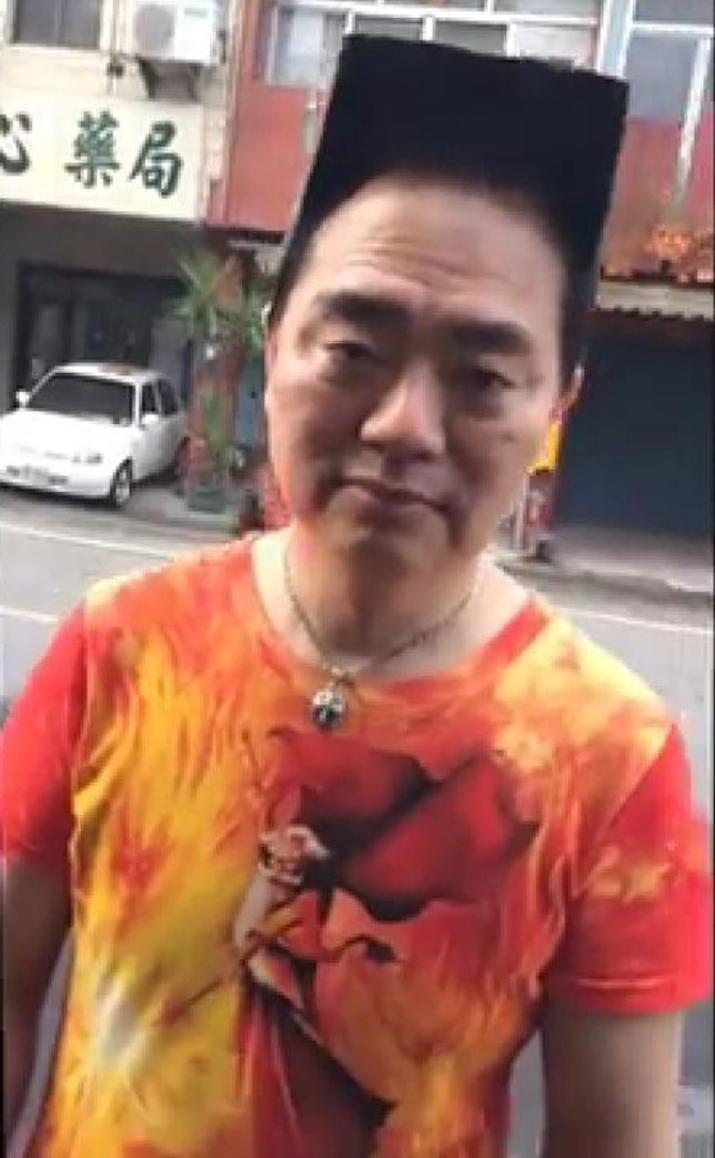 Wu Lei: Man gets blockhead haircut to impress the ladies