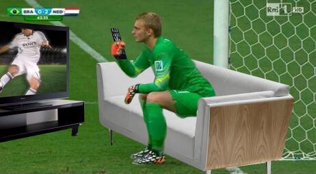 Jasper Cillessen gets meme treatment after having a sit down during Holland v Brazil