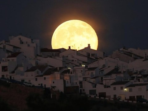 Supermoon 2014: Spectacular pictures show first of three bright full moons visible this summer starting July 2014
