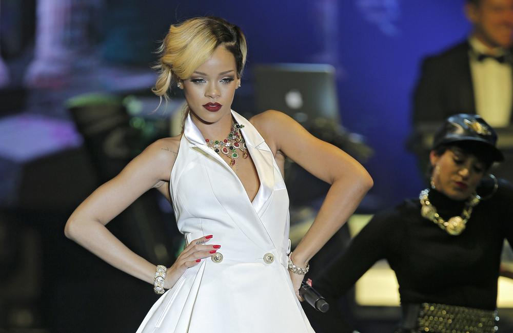 Could Rihanna be 'the only girl in the world' to help West Ham United?