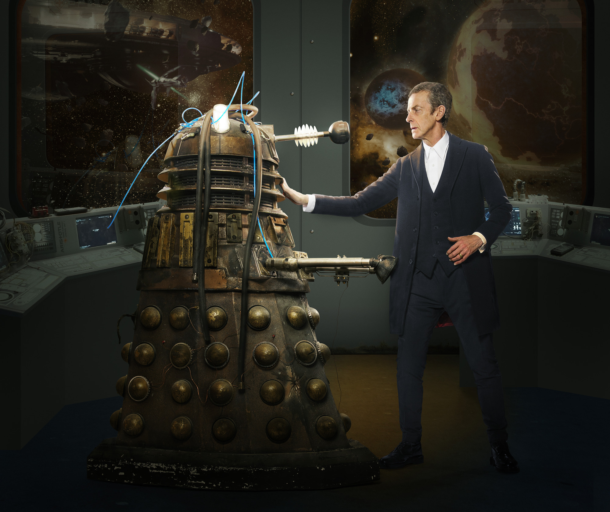 Peter Capaldi and a Dalek in Doctor Who season 8, episode 2