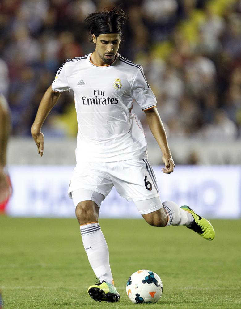 Arsenal target Sami Khedira closes on Bayern Munich move after skipping Real Madrid's Spanish Super Cup clash
