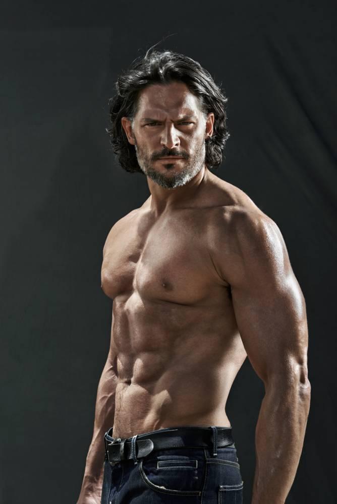 True Blood's Joe Manganiello denies airbrushed abs
