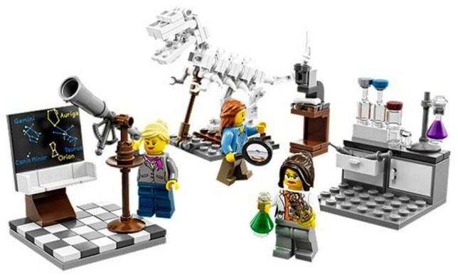 Lego female scientists in the Lego research institute