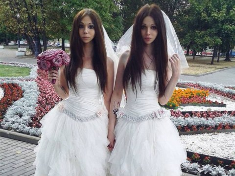 Meet the newly-wed husband and wife who look like identical twins