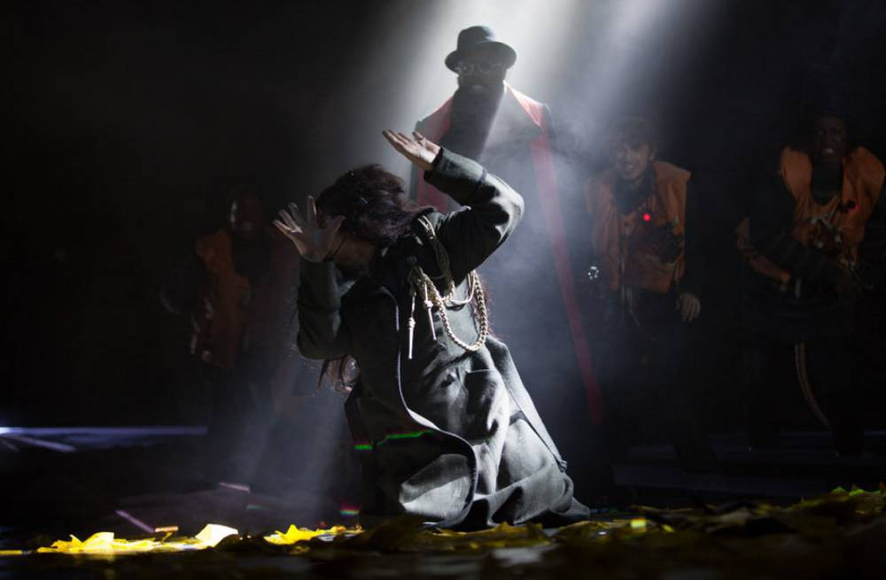 Kate Bush at Hammersmith Apollo review: Kate's gloriously mad comeback was worth the wait