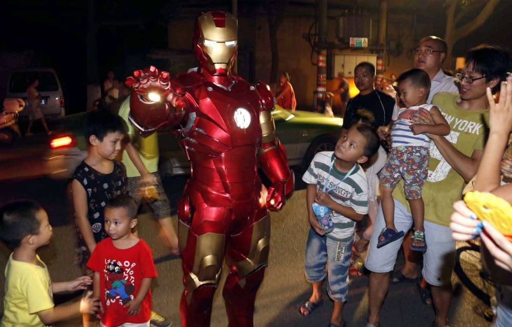 This Chinese man has crafted an awesome homemade Iron Man costume, because Iron Man