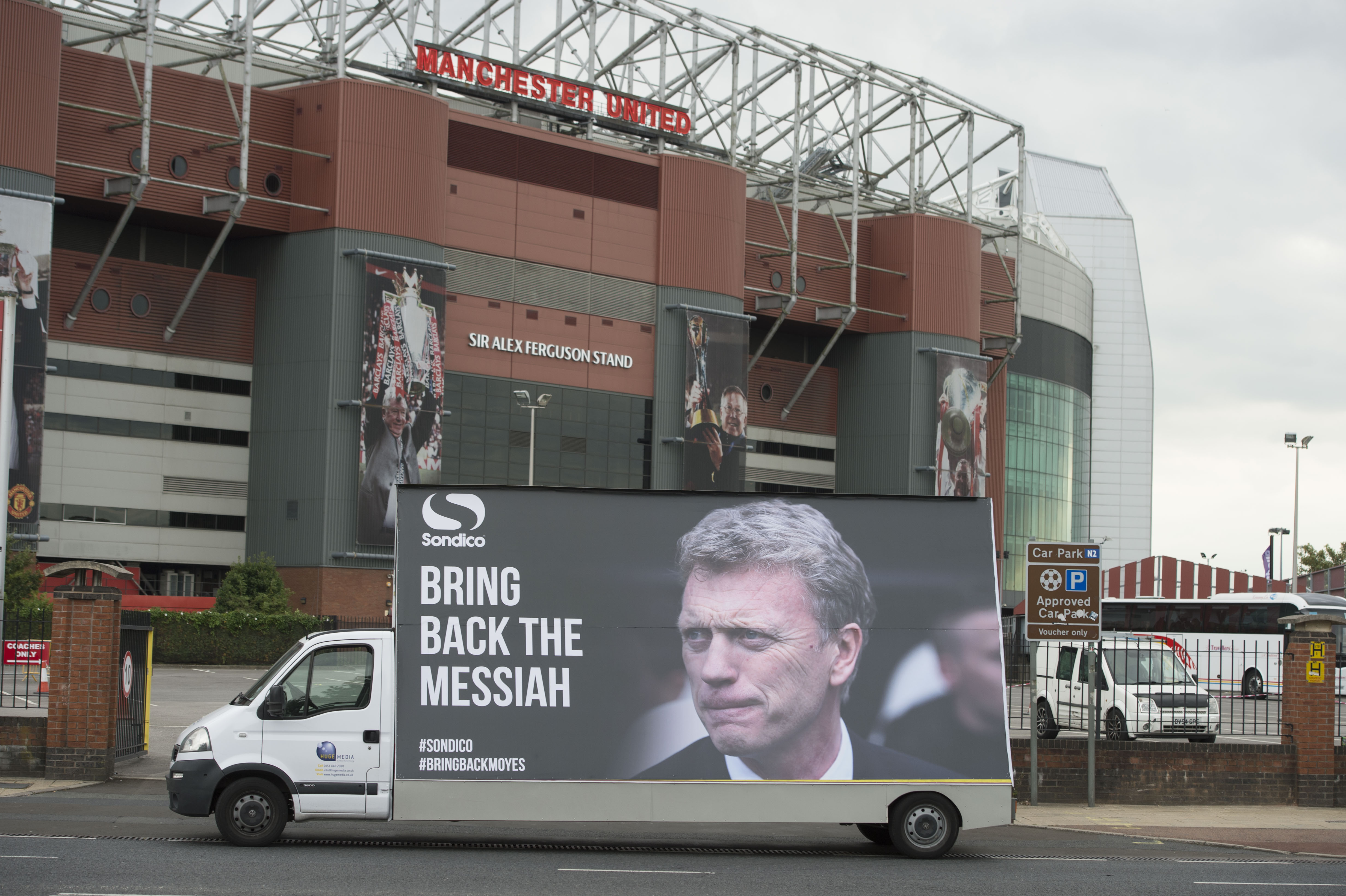 MK Dons sponsors troll Manchester United after Capital One Cup thrashing by calling for David Moyes return
