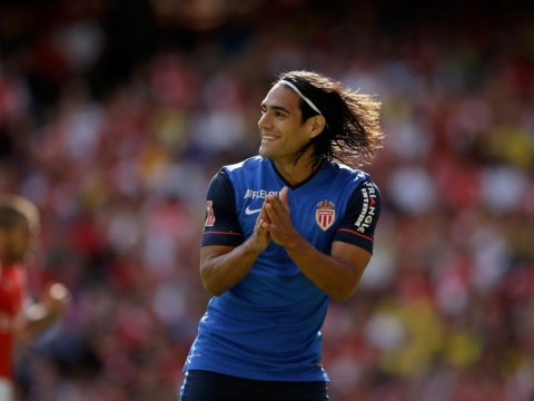 Radamel Falcao touches down in England ahead of Manchester United medical