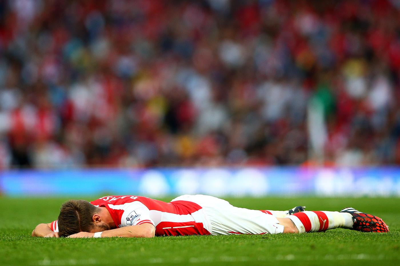 Arsene Wenger admits concern as Arsenal's injury problems mount ahead of Chelsea clash