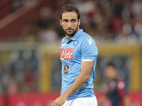 Liverpool push to sign Napoli striker Gonzalo Higuain in £31.2m transfer deal