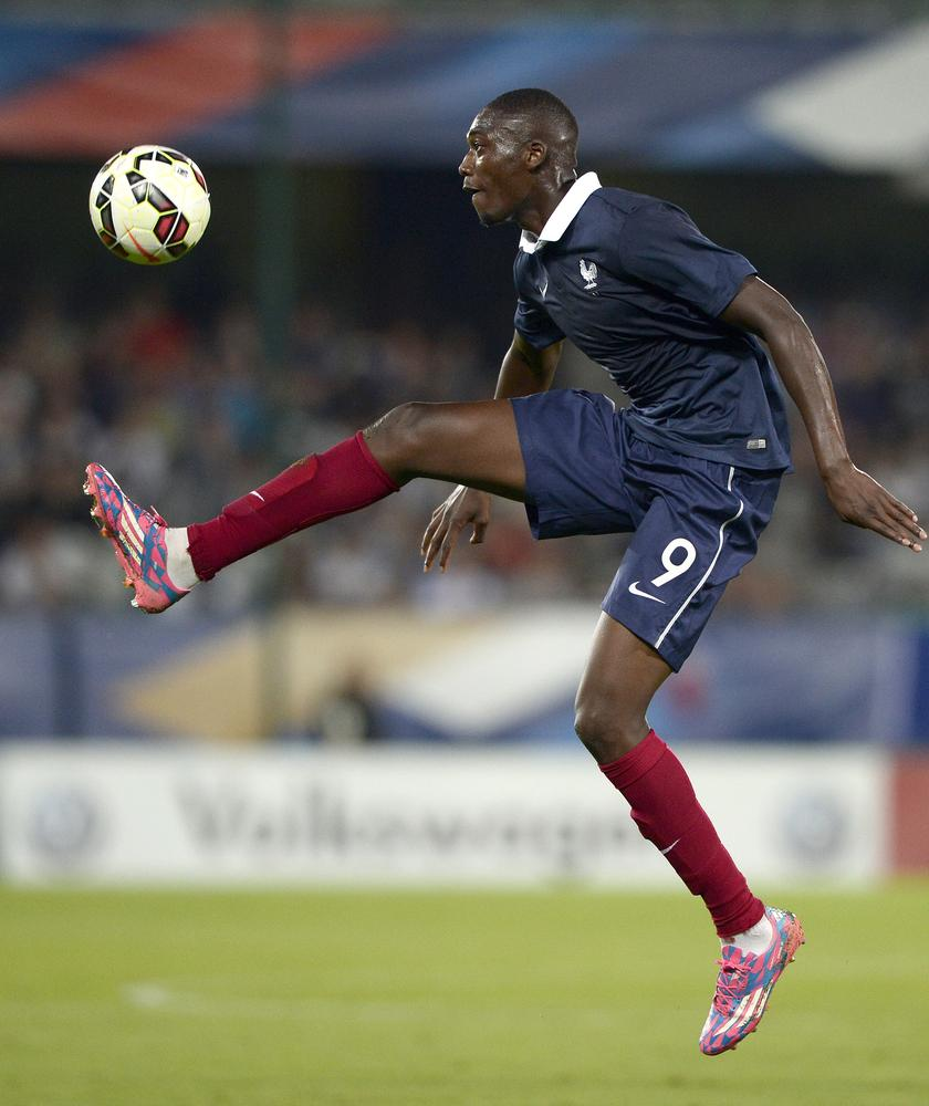 Yaya Sanogo scores well-drilled goal in France under-21 game against Iceland