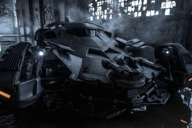 Batman vs Superman: Batmobile