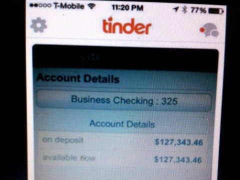Guy kills romance by using screen grab of his bank account as his Tinder profile picture