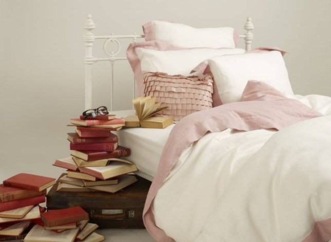 How often should you wash your bed linen, How often should you clean your sheets, YouGuv bed linen survey, Bed linen, British cleaning habits