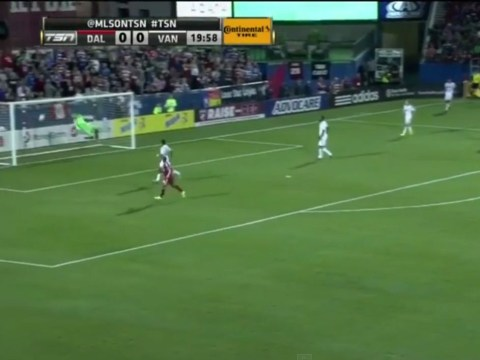 Blas Perez scores wondergoal from an impossible angle against Vancouver Whitecaps