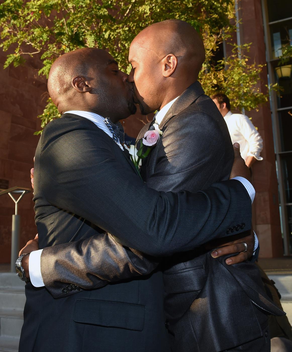 Gay Nevada state senator proposes to boyfriend live on TV