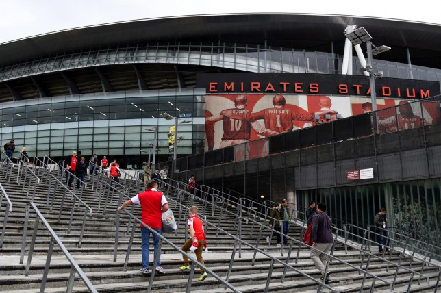 How does Arsenal's match-day experience compare to Chelsea's?