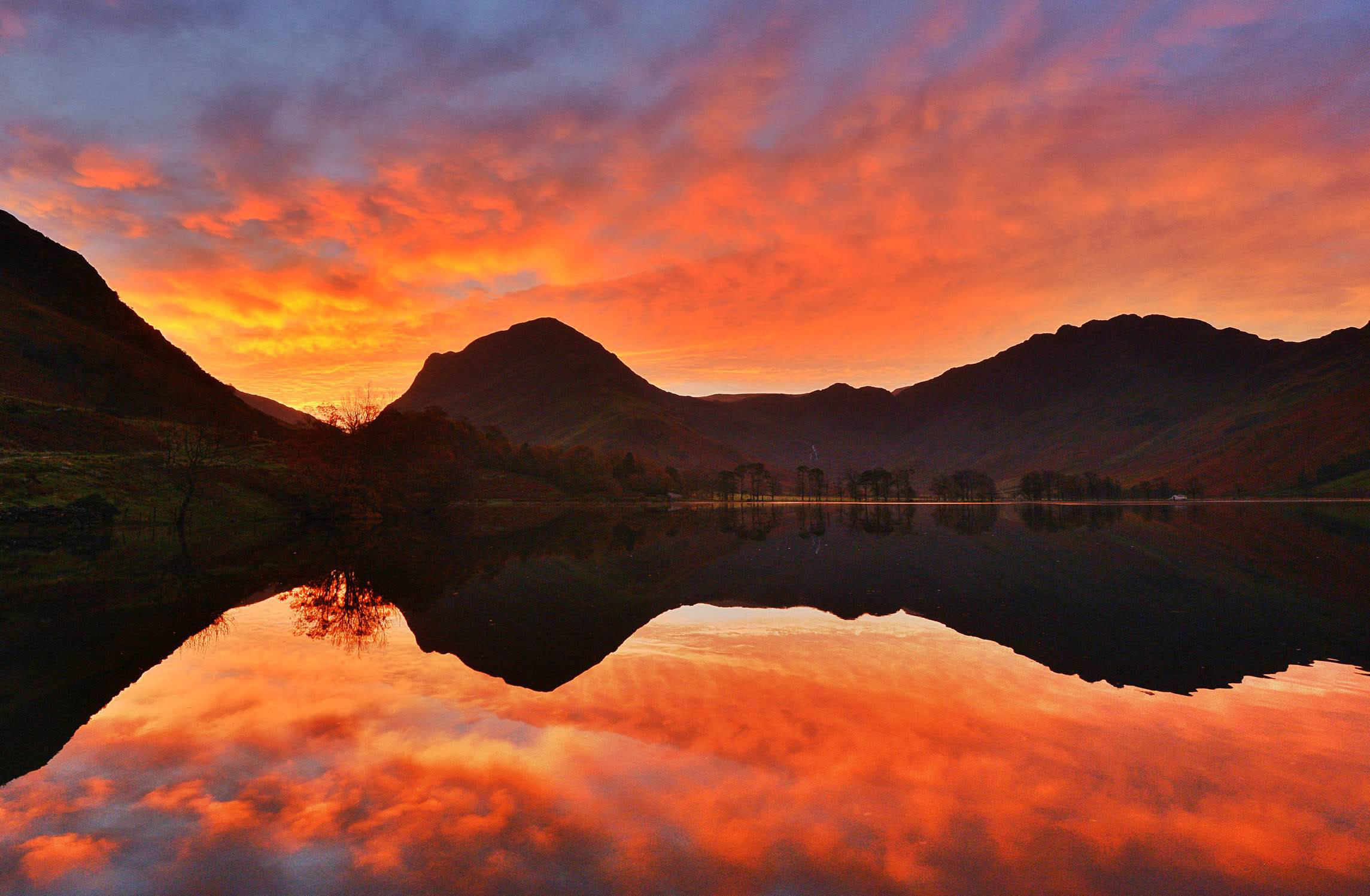 Pictures: Vibrant colours of autumn across the UK