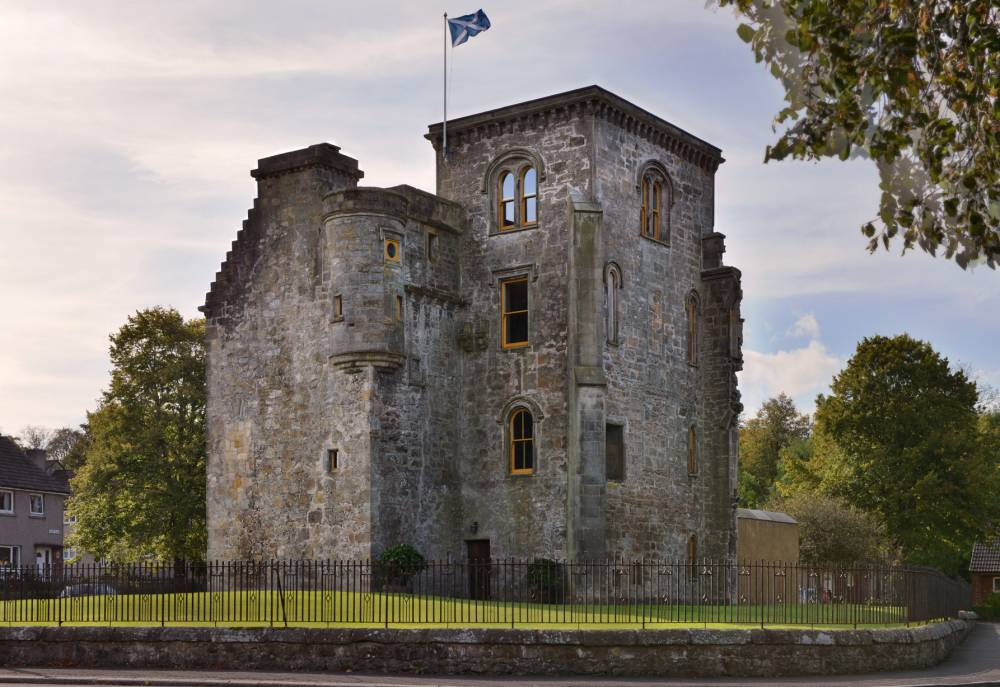 "You can live like a king in a great, historic Scottish castle for the same price as a one bedroom London flat.See CENTRE PRESS story CASTLE;  The 16th century stately home, Johnstone Castle, has recently been restored to its former glory. Valerie Reilly, secretary of Johnstone Historical Society said: ""It was once owned by the Laird of Johnstone and was one of the grandest houses in the area. ""What we see today is only a fraction of what the house once was. ""It was, at one time, a sprawling mansion but the more modern parts were pulled down and what now remains is the original 16th century tower house."