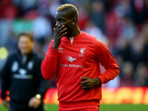 Failure to finish costs Liverpool again as they sink to Manchester United defeat