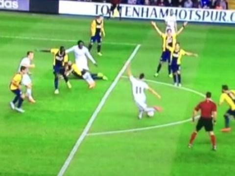 Erik Lamela scores incredible 'rabona' goal for Tottenham in Europa League