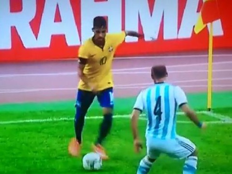 Neymar terrorises Pablo Zabaleta with skills during Brazil's friendly game against Argentina