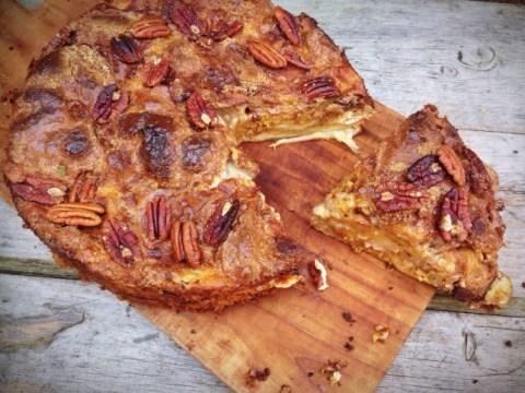 Halloween recipe: Toffee pumpkin pie croissant cake