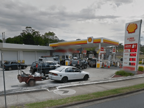 Man tries to rob petrol station with a boomerang