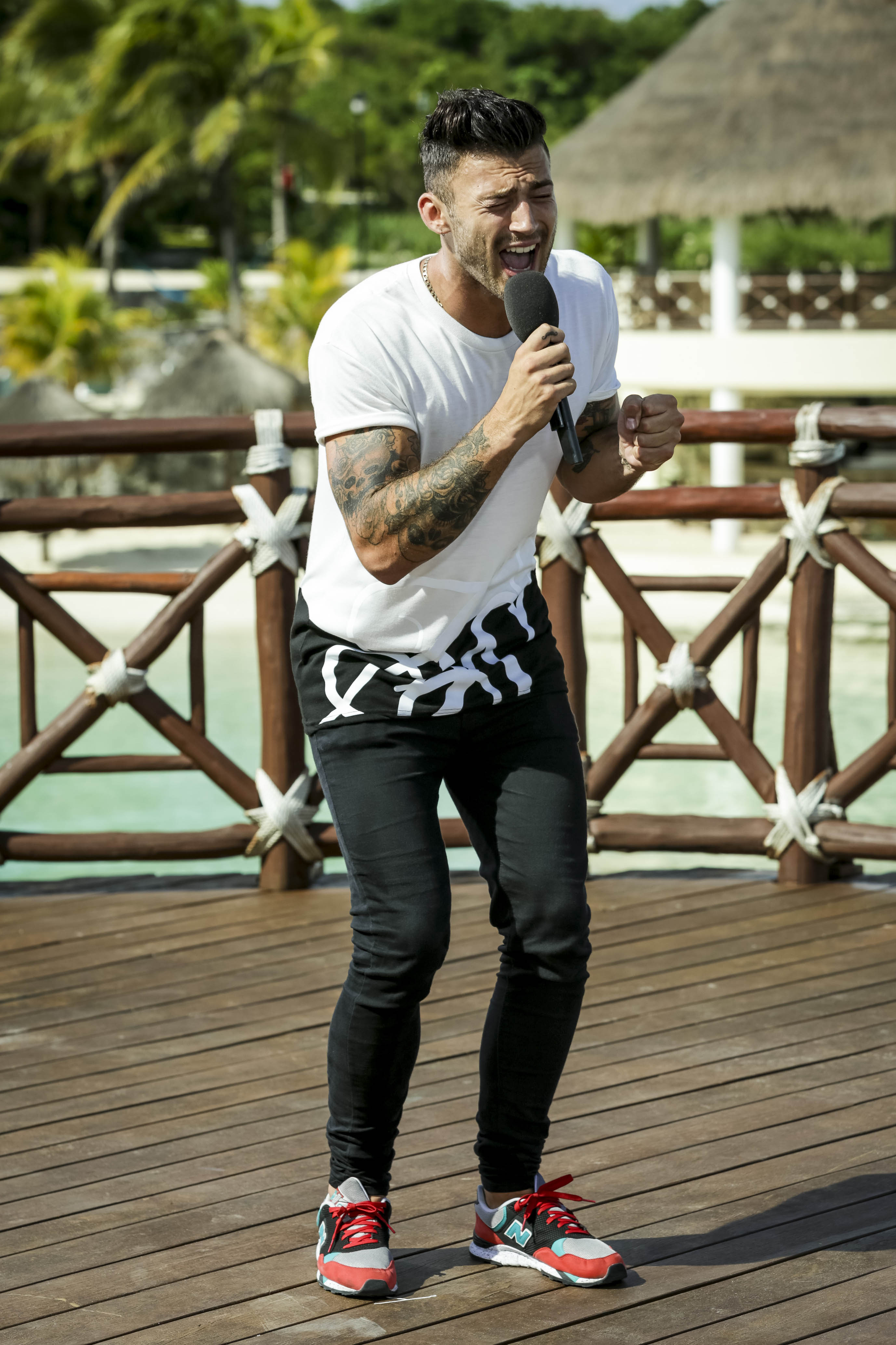 X Factor 2014: Comeback kings Jake Quickenden and Paul Akister get through to live shows