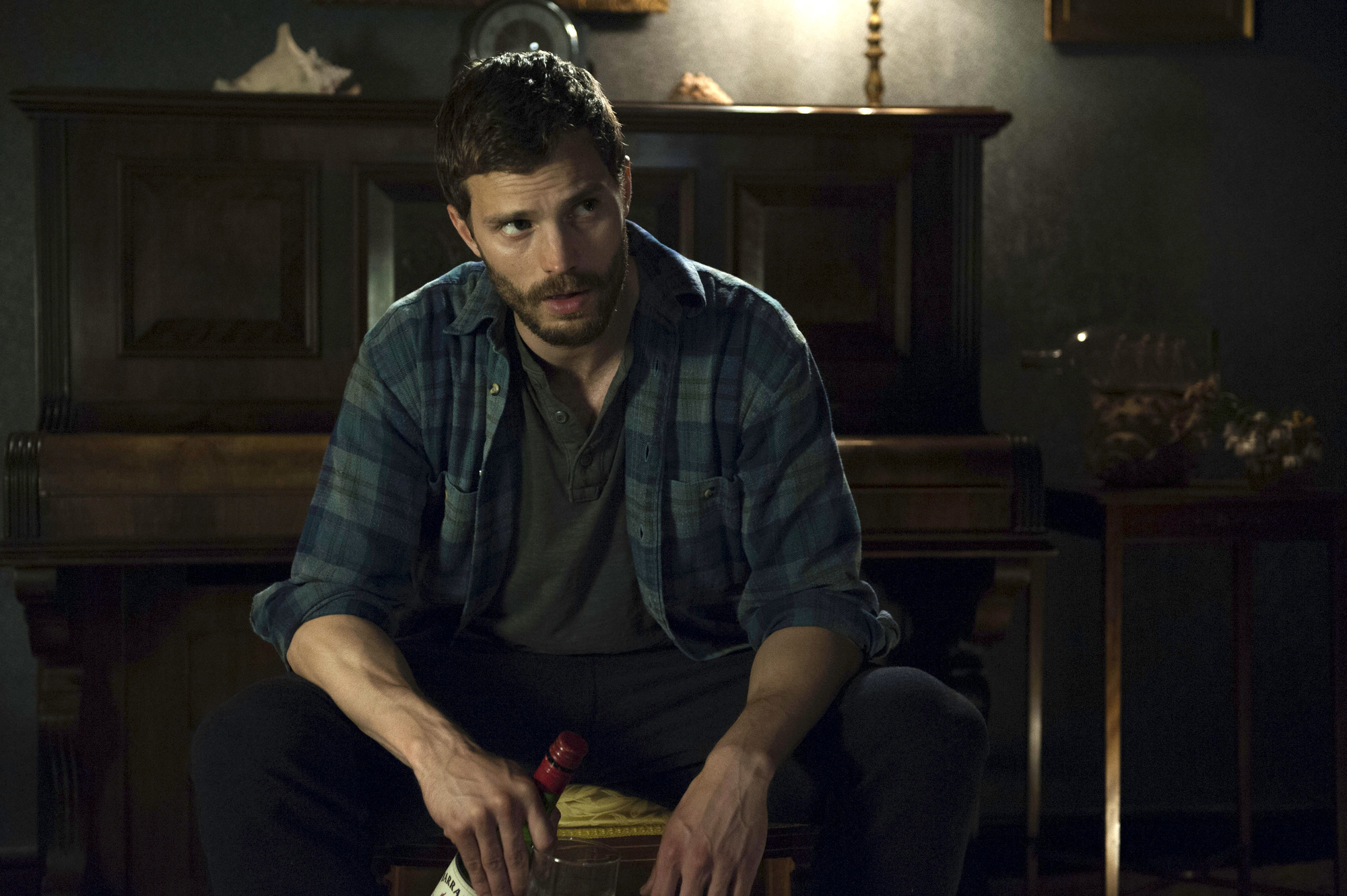The Fall season 2, episode 1 recap: The game of cat-and-mouse returns