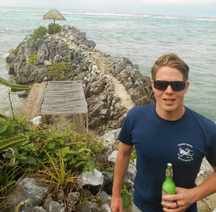 Guy who planned to travel around the world with his now-ex finally found his Elizabeth Gallagher