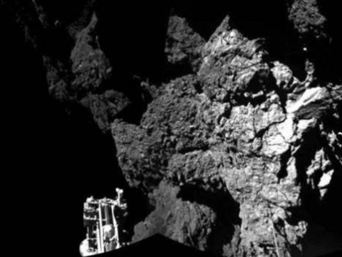 Philae probe sends its first picture back from the comet's surface (no, it's not a selfie)