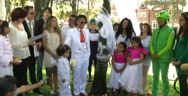 Richard Torres during the ceremony at which he married a tree (Picture: NBC)