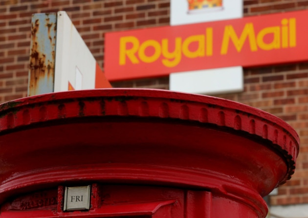 Royal Mail may end daily deliveries as profits plummet